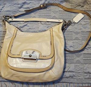 2pc Coach shoulder bag +black wristlet